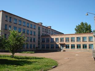Школа (вид слева)